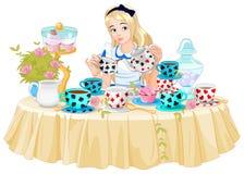 Алиса принимает чашку чая бесплатная иллюстрация