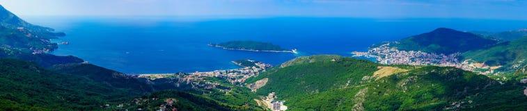 Адриатическая панорама морского побережья Стоковые Изображения RF