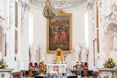 Алтар церков внутренний церков St Peter St Paul Стоковое Изображение RF