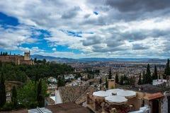 Альгамбра обозревая Гранаду стоковое изображение