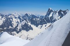 Альпинисты в французе Альпах Стоковая Фотография