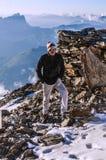 Альпинист в французских горных вершинах Стоковое Изображение RF