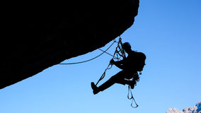 Альпинист утеса в швейцарских Альпах Стоковые Фотографии RF