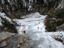 Альпинист льда в Sottoguda Стоковая Фотография