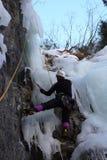 Альпинист льда на Urnerboden, Швейцария Стоковое Фото