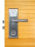 Алюминиевая ручка двери Стоковая Фотография RF