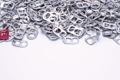 Алюминиевая тяга кольца на белой предпосылке Стоковая Фотография RF