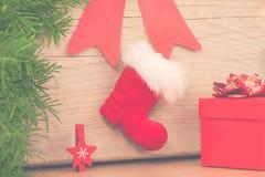 алюминиевым сортированное расположением рождество ведра орнаментирует красный цвет Стоковое Фото