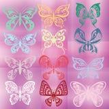 Бабочка установленная на красочную фиолетовую предпосылку Стоковое Изображение