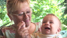 Внук и бабушка видео фото 595-438