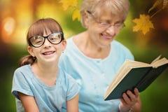 Бабушка с внучкой Стоковое Изображение RF