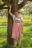 Баварская девушка в dirndl Стоковое Изображение RF
