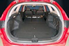 Багажник автомобиля при сложенные задние сиденья Стоковое фото RF