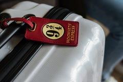 Багаж с биркой Гарри Поттера стоковые изображения rf