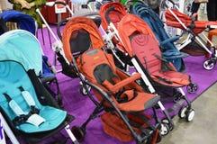 Багги & прогулочные коляски младенца Стоковые Изображения