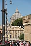 Базилика и купол St Peter стоковая фотография rf