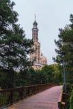 Базилика нашей дамы лишайника, Польши 2018-09-22, город красивого лишайника красочный старый, самая большая католическая церковь  стоковые фотографии rf