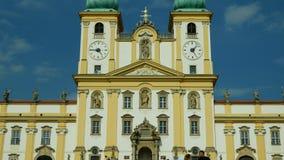 Базилика посещения девой марии, Olomouc на церков Svaty Kopecek, чехия, украшение сток-видео