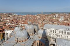 Базилика Сан Marco в St отметит квадрат в Венеции, Италии Церковь, архитектура стоковое фото rf