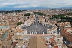 Базилика Сан Pietro в городе Ватикана в Риме стоковое изображение rf