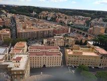 Базилика Сан Pietro в городе Ватикана в Риме стоковые фотографии rf