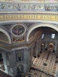 Базилика Сан Pietro в городе Ватикана в Риме Стоковые Изображения RF