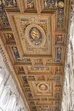 Базилика потолка St. John Lateran стоковые изображения