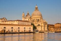 Базилика салюта della Santa Maria на грандиозном канале, Венеции, Италии Стоковые Изображения RF