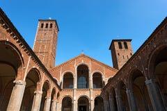 Базилика Святого Ambrogio - Милана Италии Стоковые Изображения