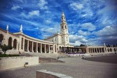 Базилика Nossa Senhora делает Rosario стоковые изображения