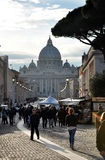 Базилика St Peter st vatican peter rome s фонтана города bernini базилики предпосылки квадратный Стоковое фото RF
