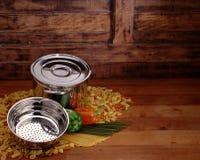 баки макаронных изделия Стоковая Фотография