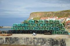 Баки омара Fishermans дальше на стороне дока Стоковое фото RF