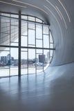БАКУ - 16-ое июля: Интерьер музея центра Heydar Aliyev в Баку, Азербайджане стоковое фото rf