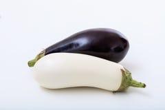 Баклажаны на белой предпосылке Стоковая Фотография