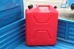 Бак refill газолина стоковое фото rf