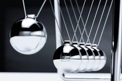 Балансируя вашгерд ` s Ньютона шариков Иллюстрация вектора