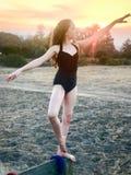 Балерина девочка-подростка на ранчо Стоковые Изображения RF