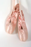 балет вися новые тапочки Стоковое фото RF