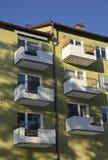 Балконы в жилом доме квартиры Стоковые Изображения RF