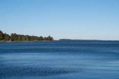 Балтийское море на вечере лета стоковые изображения rf