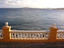 балюстрада смотря море к Стоковое фото RF