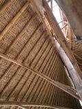 Бамбуковая конструкция крыши, конструкция крыши сделанная от бамбука стоковое изображение