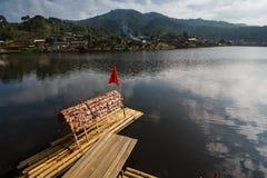 бамбуковая шлюпка Стоковая Фотография RF