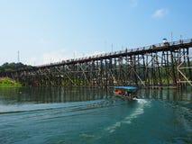 Бамбуковый мост стоковое фото