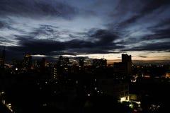 Бангкок -го июнь 07,2018 Таиланд: Взгляд ночи Бангкока Таиланда b Стоковое фото RF
