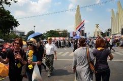 БАНГКОК - 11-ОЕ НОЯБРЯ: Демократ на марша на Democr Стоковое Изображение RF