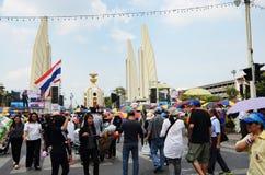 БАНГКОК - 11-ОЕ НОЯБРЯ: Демократ на марша на Democr Стоковое Фото
