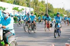 Бангкок, ТАИЛАНД, 16-ое августа - 2015: Велосипед для мамы Стоковая Фотография RF