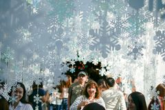 БАНГКОК, ТАИЛАНД - 21-ОЕ ДЕКАБРЯ 2017: Рождество и Новый Год 20 стоковая фотография rf